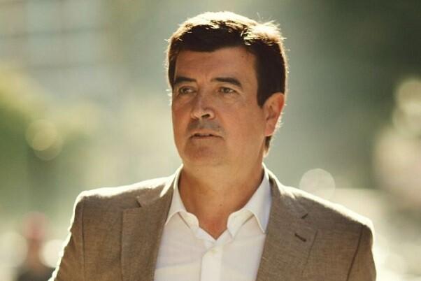 Fernando Giner achaca a Joan Ribó que perjudica a Valencia por su ideología.