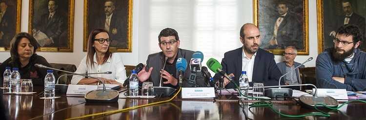 Jorge Rodríguez, Maria Josep Amigó, Pablo Seguí, Rosa Pérez y Roberto Jaramillo durante la rueda prensa. (Foto-Abulaila).