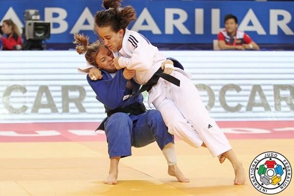 La judoka valenciana Laura Gómez se acerca a las Olimpiadas de Río tras su última victoria en Turquía.