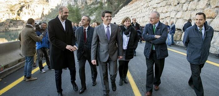 La obra de emergencia iniciada por la Diputación, con un importe cercano a los dos millones de euros, finalizará en apenas un mes.