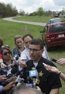 Las autoridades precisaron que no había un tirador activo y que no se han hecho detenciones. (imagen tomada de la tv).