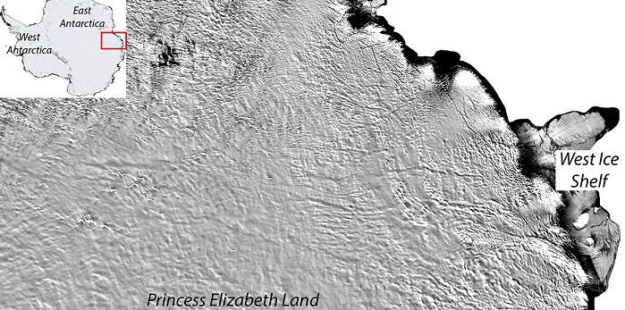 Los grandes canales y cañones que nacerían en el lago parecen extenderse hacia la costa oriental de la Antártida. (Foto-MODIS-NASA).