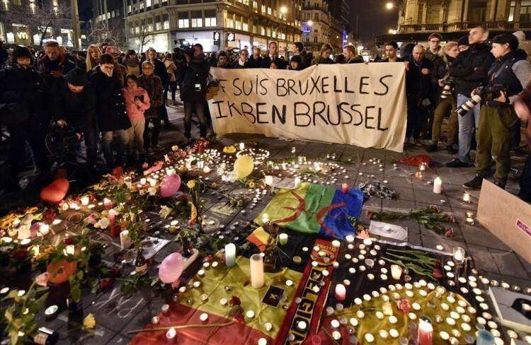 Los terroristas de Bruselas pretendían atentar en Francia pero alteraron su idea original.