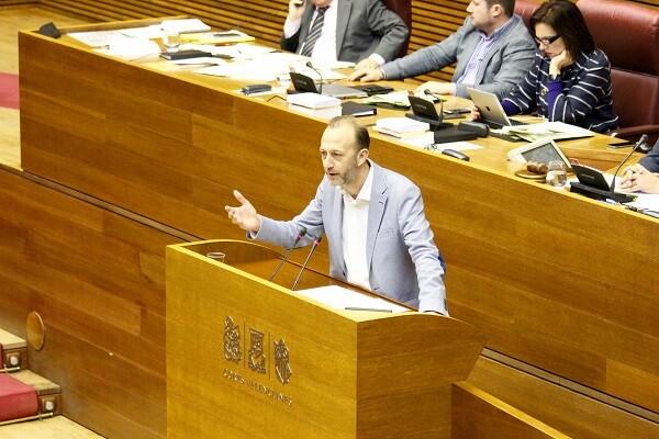 Marí a Puig- 'Ciudadanos siempre estará en frente del adoctrinamiento en la educación y del ataque del Consell a la concertada'.