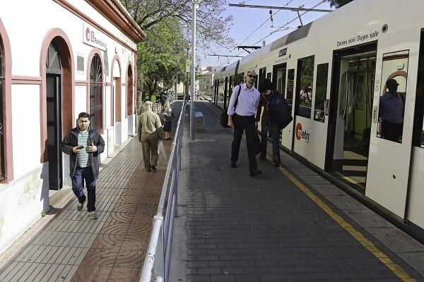 Metrovalencia instala la apertura y cierre centralizado de edificios en otras diez estaciones de superficie.