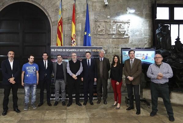El President de la Generalitat, Ximo Puig, asiste a la presentación de la campaña de sensibilización para jóvenes escolares sobre los objetivos del desarrollo sostenible. 11/04/2016. Foto: J.A.Calahorro.