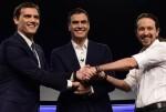 Reunión tripartita entre PSOE, Ciudadanos y Podemos para un posible acuerdo de gobierno.