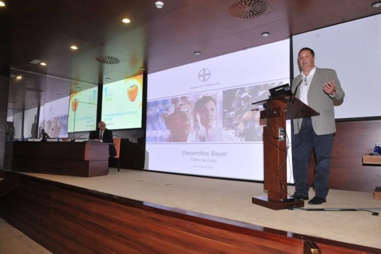 Santiago Cerdá, crop manager de frutales en bayer