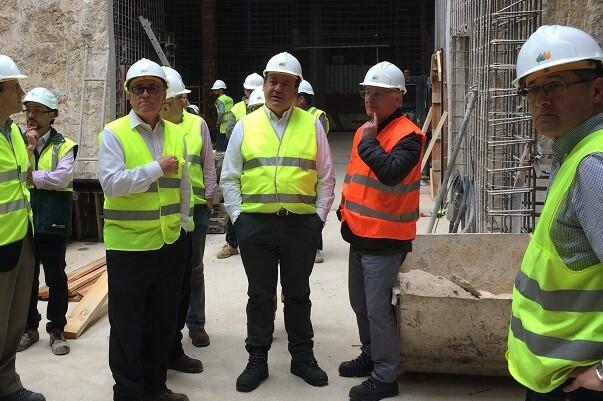 Sarrià visita les obres de la subestació elèctrica de Aqua, que donarà servici al nord-oest de la ciutat, front Marítim i Cabanyal.