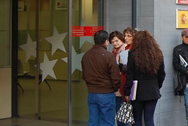 Se prorroga un año la ayuda de 426 euros para parados de larga duración sin ningún subsidio.