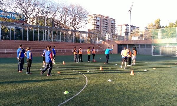 el Xecball, un juego ideado por el profesor de educación física Gustavo Martínez que relaciona la actividad deportiva con el ajedrez.