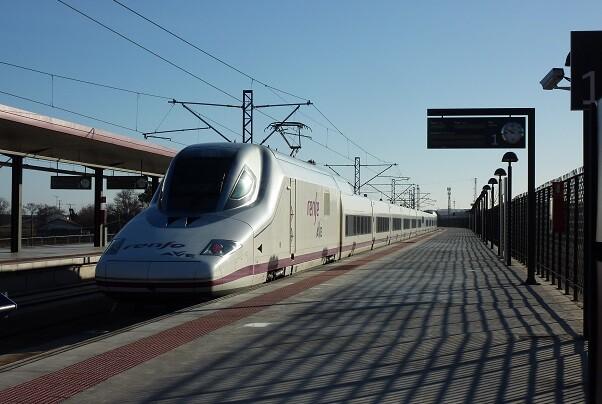 Adif invierte 62,7 M€ en el mantenimiento de la Línea de Alta Velocidad Madrid-Levante.