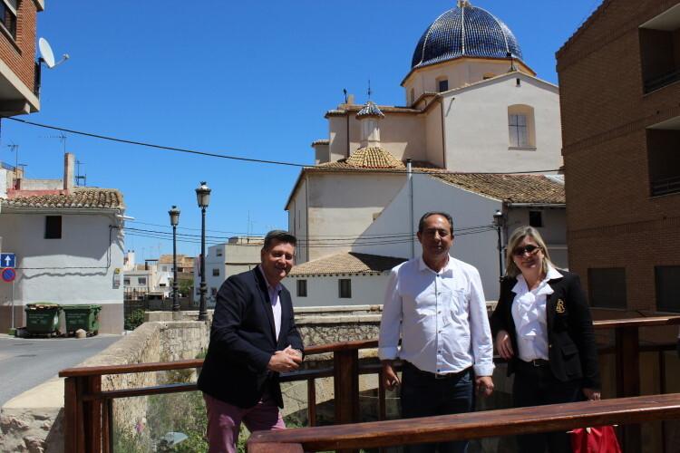 Aguar y Peris visitan Chiva para conocer las inversiones de la Diputación de Valencia (2)