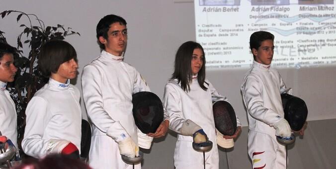 Benet, Fidalgo, Muñoz y Sanjuan forman parte del  equipo Cadete Esqrima Maritim.