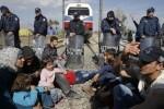 Bruselas propone imponer una multa de 250.000 euros por refugiado a los países que no cumplan las cuotas de admisión.