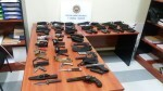 Decomisadas en Valencia 18 armas detonadoras a un individuo