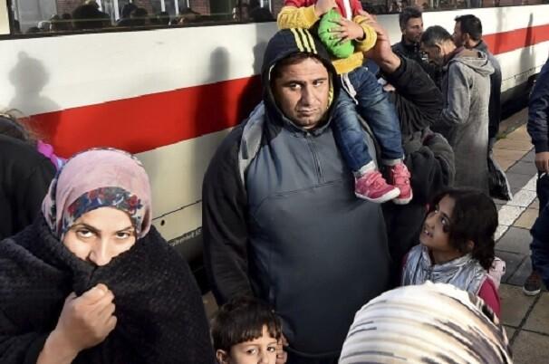 Dinamarca mantiene los controles en la frontera para frenar la llegada de refugiados.