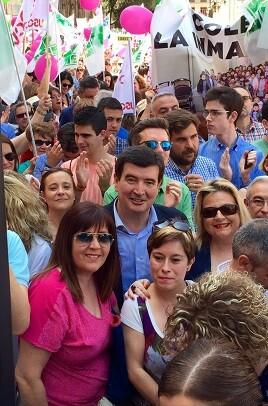 El líder de Ciudadanos recordó que Marzá prometió eliminar barracones.