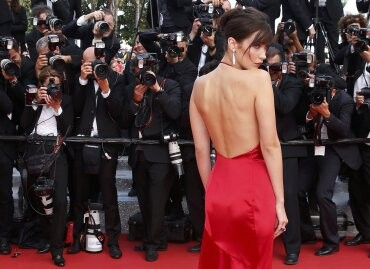 El sexy vestido rojo que revolucionó Cannes (4)