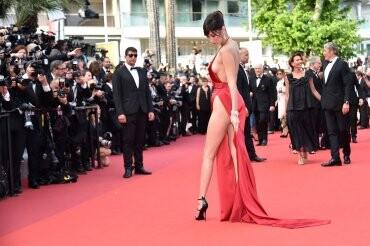 El sexy vestido rojo que revolucionó Cannes (6)