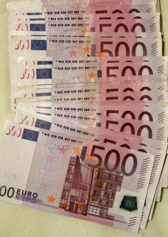 Existen 594 millones de billetes de 500 euros.