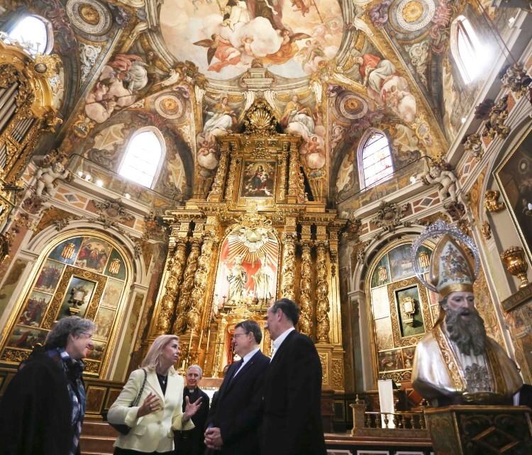 . El President de la Generalitat, Ximo Puig, visita la restauración de la Parroquia de San Nicolás. 12/05/2016.. Foto: J.A.Calahorro.