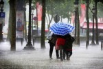 Francia registra las peores lluvias desde 1873 y varias carreteras y  líneas de metro fueron cortadas.