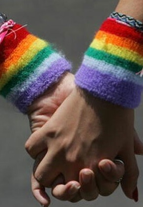 Hoy se celebra el Día Internacional contra la Homofobia, Transfobia y Bifobia.