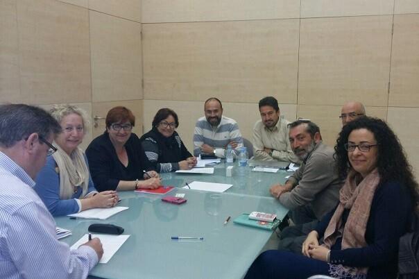 Jordi Peris informa a la Federación de Vecinos las acciones previstas para los próximos meses.