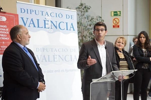 Jorge Rodríguez agradece el interés por la formación y la eficiencia a 400 cargos públicos y técnicos municipales. (Foto-Abulaila).