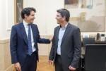 Jorge Rodríguez recibe al cónsul de Méjico.
