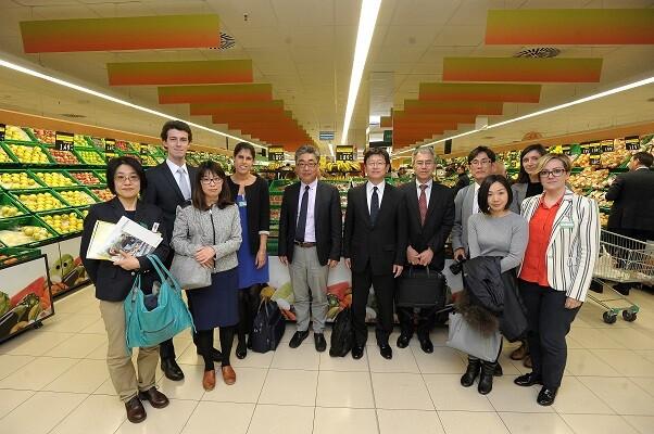 La dirección del mayor grupo cooperativista de consumidores del mundo visita Mercadona.