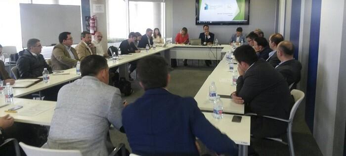 Lidera un consorcio de empresas, ayuntamientos y centros tecnológicos con el objetivo de mejorar la vida en las ciudades.