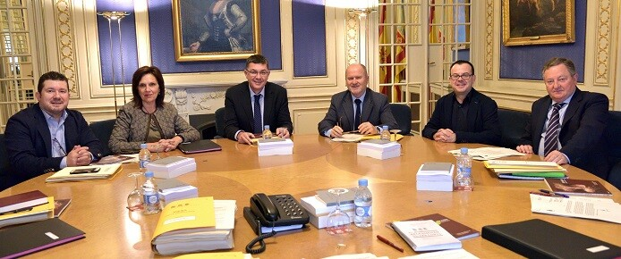 Mesa de Les Corts.
