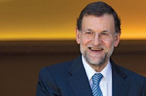 Rajoy culpa a Manuela Carmena y Ada Colau de perjudicar la economía.