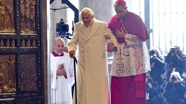 Ratzinger-desmiente-Secreto-Fatima-completo_EDIIMA20160521_0198_4