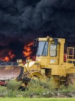 Se mantiene activa la línea telefónica 900 122 112 para informar a la población de la situación del incendio.