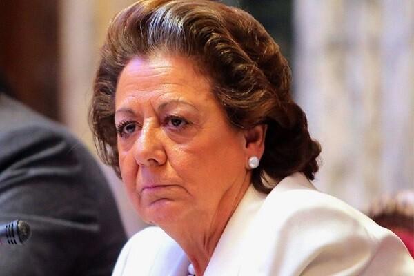 Todos los grupos políticos, menos el PP, expresan su malestar ante la negativa de Barberá a comparecer ante la comisión del caso Taula.