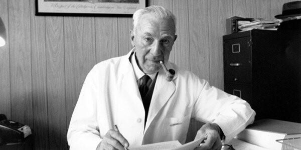 Un 11 de Mayo de 1960 en Estados Unidos sale al mercado la primera píldora anticonceptiva.