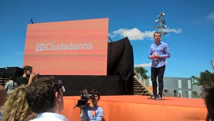 cabeza de lista al Congreso por Valencia, Toni Cantó