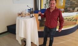presentación nuevos vinos Bodegas Ontinium 20160523_190214 (45)