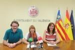 60.000 personas ocupan las playas de Valencia en una Noche de San Juan sin incidentes.