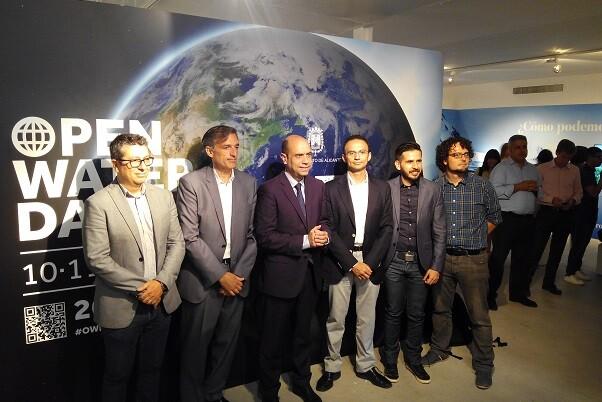 Aguas de Alicante presenta una exposición interactiva sobre eficiencia y sostenibilidad de la mano de la Unión Europea.