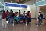 Cerca de 100.000 españoles dejaron el país en el año 2015.