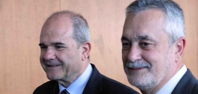 Chaves y Griñán han pedido su baja voluntaria como militantes del PSOE.
