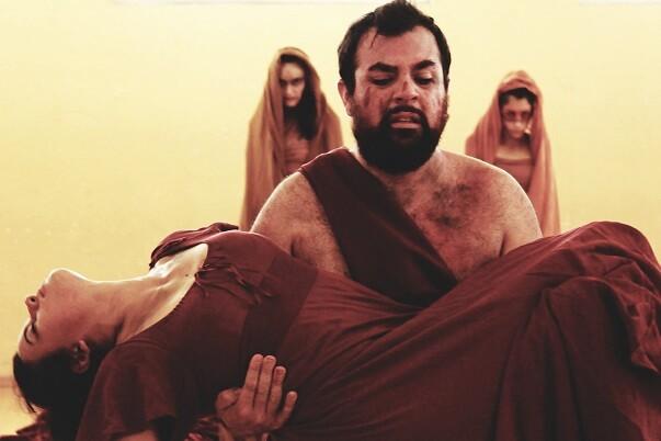 Conflicto entre magia y cristianismo en el estreno de la nueva versión de 'Macbeth' dirigida por Chema Cardeña en Sala Russafa