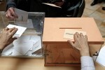 El Partido Popular ganaría las elecciones y Unidos Podemos sobrepasaría al PSOE según un sondeo.