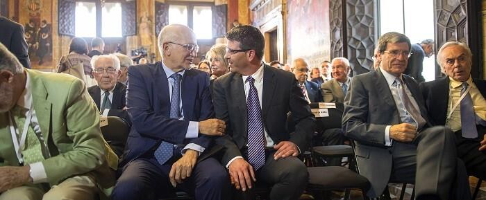 El presidente de la Diputación de Valencia asiste a la proclamación de los Premios Jaime I en el Palau de la Generalitat. (Foto-Abulaila).