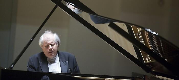 Grigory Sokolov. (Foto-Eva Ripoll-Arxiu Palau Música).