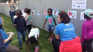 La Fundación Bancaria 'la Caixa' organiza el Día del Voluntario en una acción conjunta en 40 ciudades.